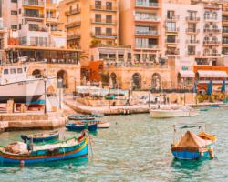 マルタ最大の漁村マルサシュロックを歩く マルタ留学